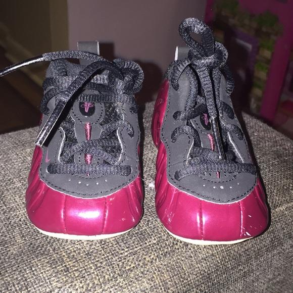 ee261ac7103 Infant Nike Foamposite sneakers. M 5b971e2f45c8b37bd2aa0efb